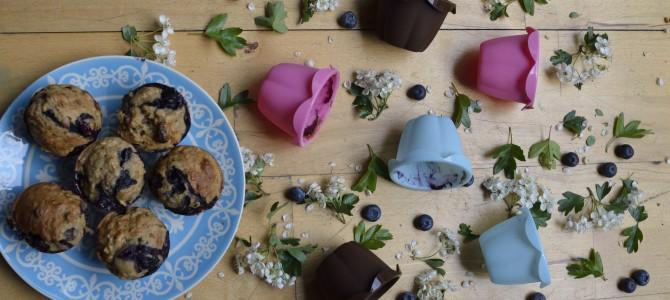 Overnight blueberry and muesli muffins./  Черничные маффины с вечера.